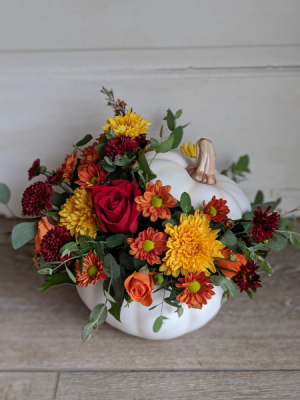 Inspired Fall Centerpieces in New Castle, IN | WEILAND'S FLOWERS