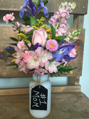 Jar of Love Fresh Cut in Oak Ridge, TN | MOTT'S FLORAL DESIGN