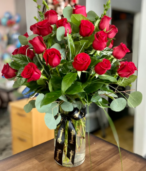 Mi Amore- Two dozen Roses  in Whittier, CA | Rosemantico Flowers