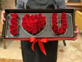 Deep Love Presentation Gift Box With Fresh Roses Limited quantities