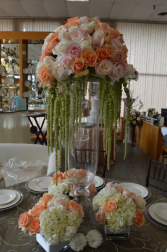 Just peachy center table arrangement