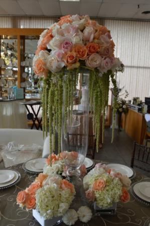 Just peachy center table arrangement