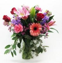 Love You Mom fresh flowers