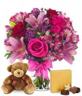 kayleigh;s special vase arrangement