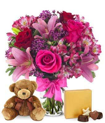 Kayleigh's Special vase arrangement