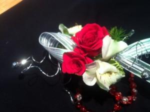 keepsake corsage matching boutonere in Pittsfield, MA | NOBLE'S FARM STAND AND FLOWER SHOP