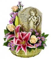 Keepsake Floral Setting Flower Basket