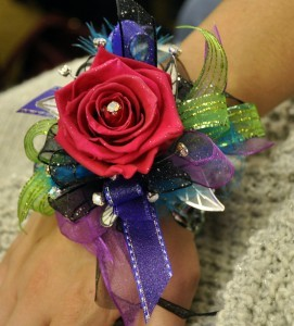 KEEPSAKE FOREVER ROSE CORSAGE A real rose that never expires