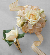 Keepsake prom corsage and boutineer!