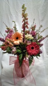 Kelly's Creations Vase Arrangement