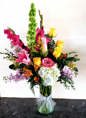 KIM'S FAMOUS #1 Exclusively at Mom & Pops in Oxnard, CA | Mom and Pop Flower Shop