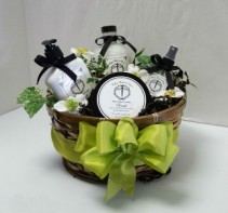 Kiss Me in the Garden - Pamper Set Gift Basket