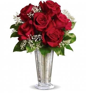 Kiss of the Rose Rose Arrangement