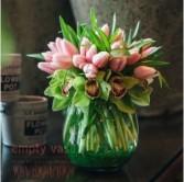 Kisses Vase arrangement