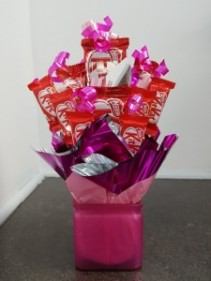 Candy-Kit Kat Kraving We require 1 day notice on all candy bouquets