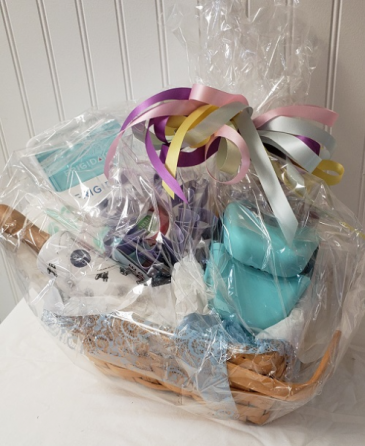 KITCHEN ESSENTIALS GIFT BASIC GIFT BASKET