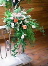 kneeling bench decor wedding