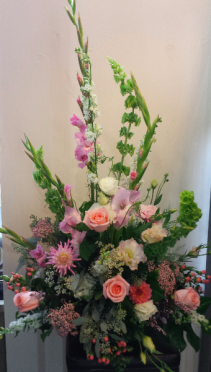 Lacey Memories Sympathy Arrangement