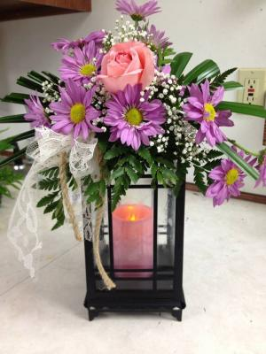 Glowing light Lantern with auto candle & Fresh flowers in Pigeon, MI | HAIST FLOWERS & GIFTS