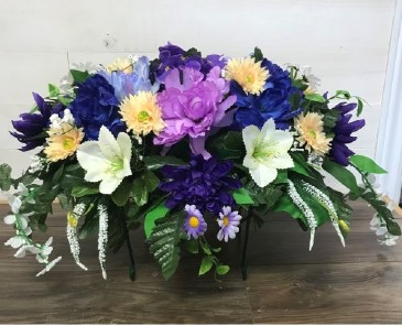 Large arrangement with realistic candle Artificial arrangement