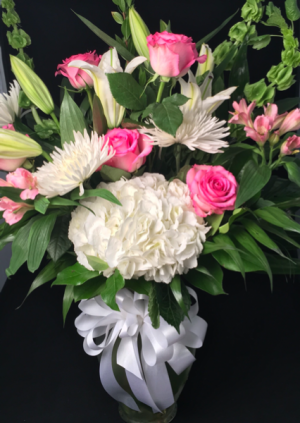 Large Designers Choice Any occasion  in Dripping Springs, TX | DANTAY'S Flowers & Gifts