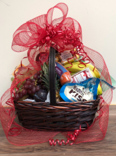 Large gift basket fruit & goodie Gift basket