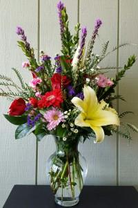 Large mixed arrangement Valentine