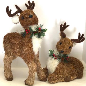 Large Natural Deer Pair Holiday Decor