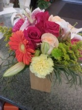 Vibrant rustic Box Fresh flowers