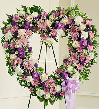 "lavender and white heart 18"" spray"