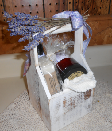 Lavender Pamper Gift Box Bath & Body