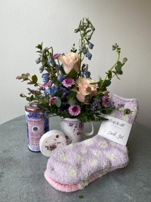 Lavender Spa Special  in La Grande, OR | FITZGERALD FLOWERS