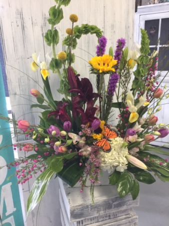 Lavish and Lush Design Floral Oasis Arrangement