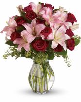 Lavish Love Bouquet All-Around Floral Arrangement in Winnipeg, Manitoba | KINGS FLORIST LTD