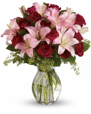 Lavish Love Bouquet All-Around Floral Arrangement in Winnipeg, MB | KINGS FLORIST LTD