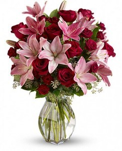 Lavish Love Bouquet Great for Valentine's Day