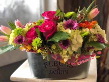 Le Fleurs Mi Amore Fresh Arrangement