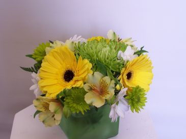 Lemon and Lime Yellow and green all round arrangement