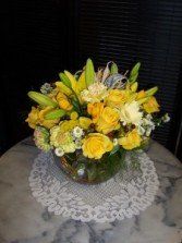 lemon fresh flower arrangment