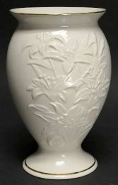 Lenox Lily Pedestal 8 Inch Vase