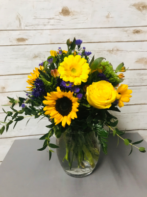 Let the Sun Shine Through Arrangement in Weymouth, MA | DIERSCH FLOWERS