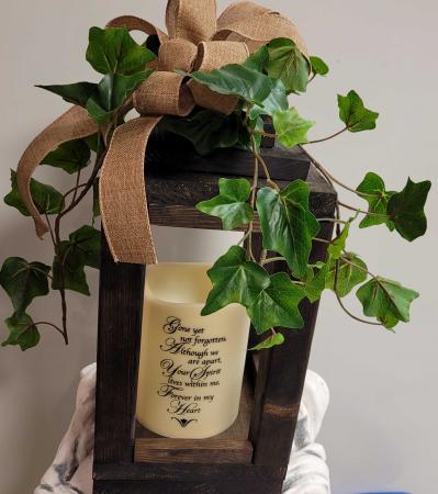 Lg. Wooden Lantern Decor