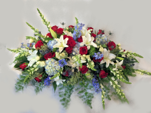 Liberty Casket Blanket/Spray Powell Florist Exclusive in Powell, TN | Powell Florist Knoxville
