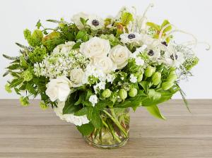 Life Bar   in Oakville, ON | ANN'S FLOWER BOUTIQUE-Wedding & Event Florist