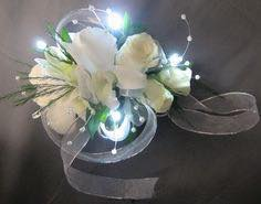 LIGHT IT UP Wrist Corsage