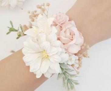 LIGHT PINK CORSAGE ELEGANT MIXTURE OF FLOWERS