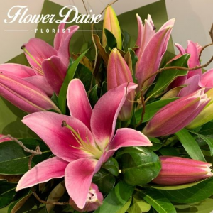 Lily Bouquet in Ferntree Gully, VIC | FLOWER DAISE
