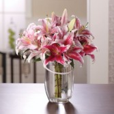 Lily Dream Vase Arrangement