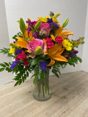 Lily Spectacular Arrangement in Cherokee, IA | Blooming House