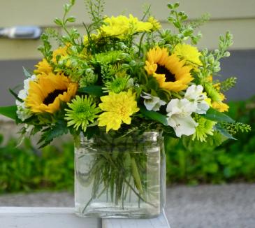 Little Bit Of Summer Cube Vase Arrangement
